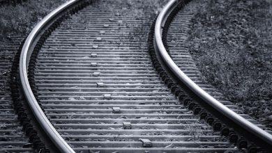 Photo of Śmiertelne potrącenie na torach. Ruch pociągów wstrzymany