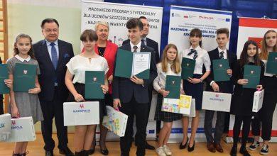 Photo of Region: 110 uczniów z subregionu ciechanowskiego otrzymało stypendia od marszałka Mazowsza