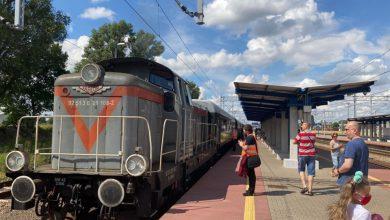 """Photo of Zabytkowy """"Jednorożec"""" gościł na stacjach w Lidzbarku i Działdowie"""